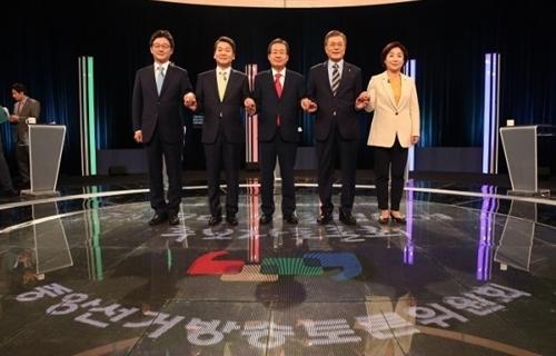 기업 목 죄며 일자리·성장?…대선후보의 역설