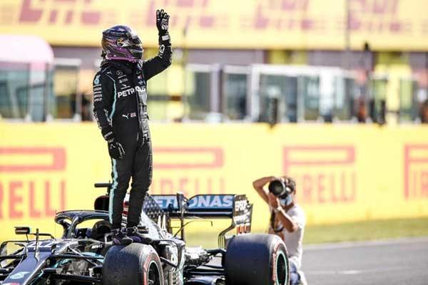 [F1]AMG 페트로나스 루이스 해밀턴, 통산 90승 달성